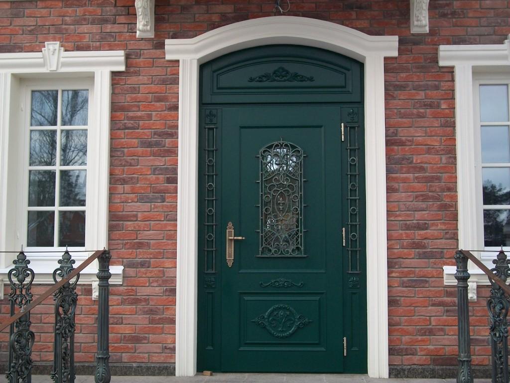 Изготовление и продажа межкомнатных деревянных дверей